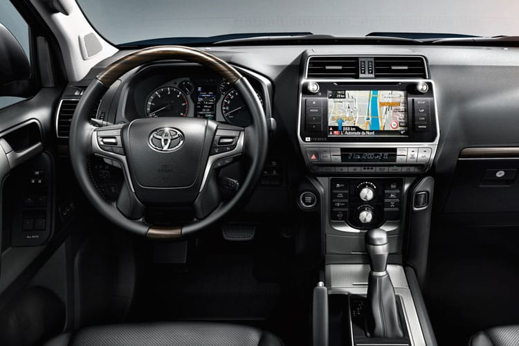 Toyota LandCruiser LCV LWB 4wd 2.8 D 4WD 204PS Active Van Auto [Start Stop] [2Seat Navi] inside view