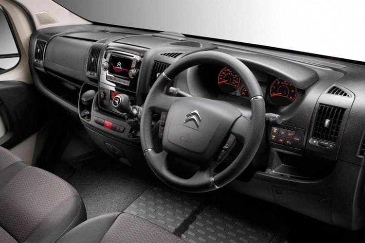 Citroen Relay 35 L3 2.2 BlueHDi FWD 165PS Ready to Run Plus Luton Manual [Start Stop] [Low-Floor] inside view